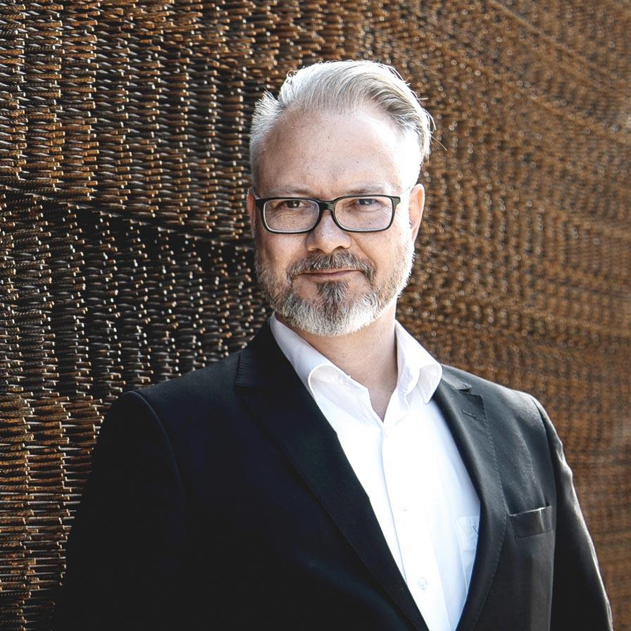 Portraitbild von Harald Posch, Geschäftsführer SERVUS