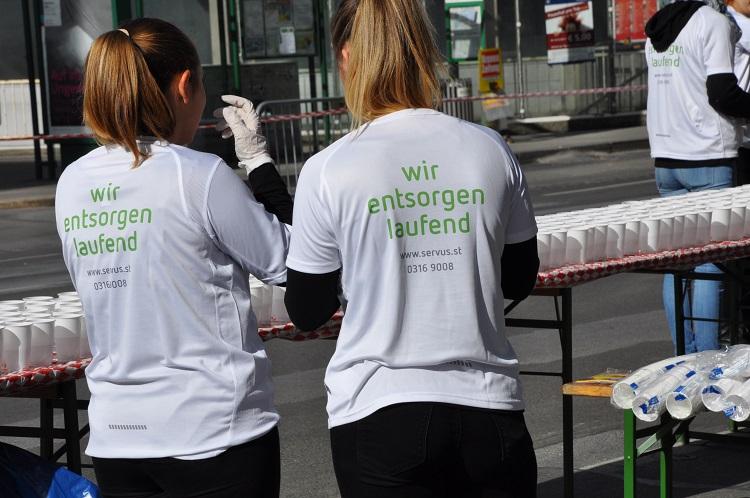 Servus Mitarbeiter beim Graz Marathon